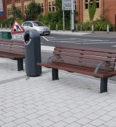 Queens Quay, Derry Seats and Litter Bins